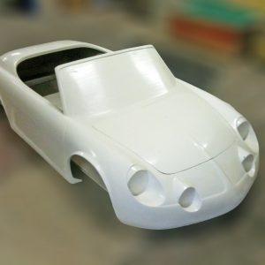 Alpine modèle réduit en cours de fabrication
